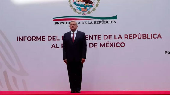 President López Obrador at the National Palace on Sunday.