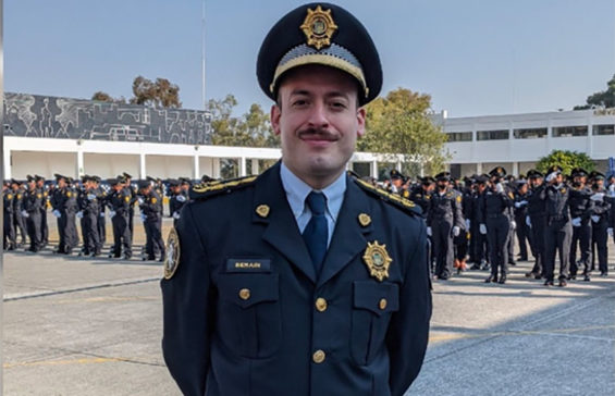 Javier Berain has 800 officers under his command.